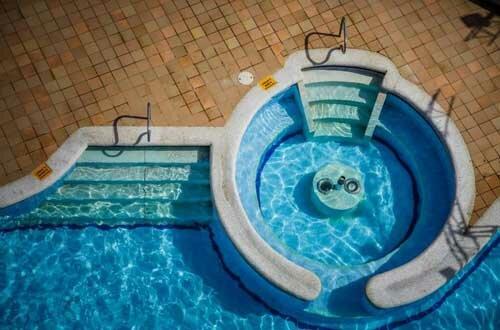 Echuca-Paving-Service-Pool-Paving-2-1024x676